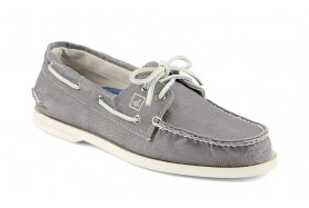 Men's Authentic Original 2-Eye Canvas Boat Shoe